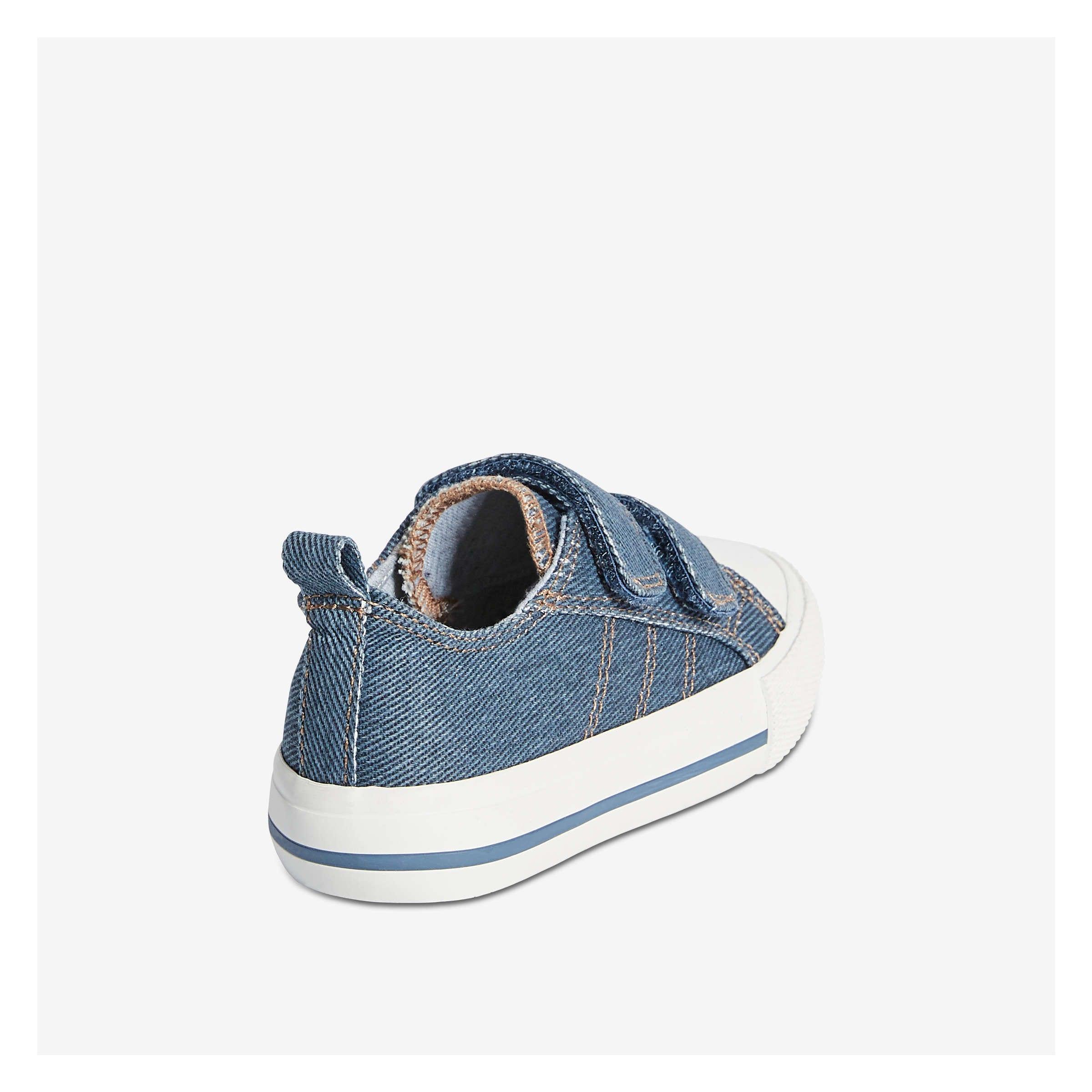 76d8ac72a3b90 Joe Fresh Baby Boys' Sneakers