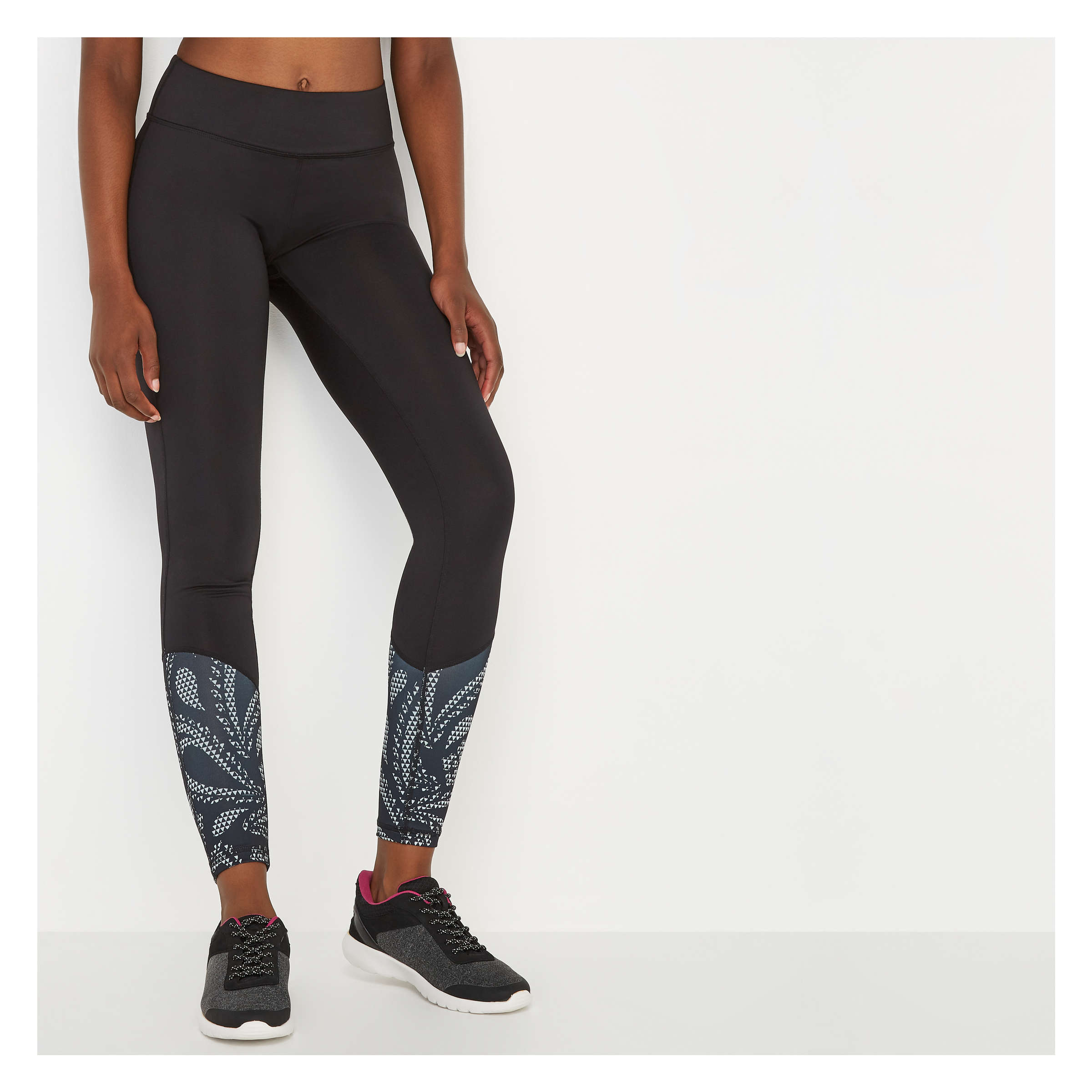 555c332af1602 Print Hem Active Legging in Black from Joe Fresh