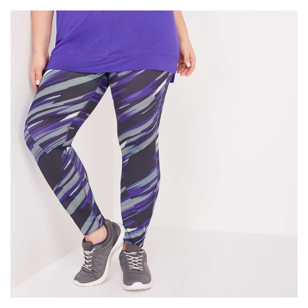2880d39211042 Women+ Reversible Active Legging in Purple from Joe Fresh